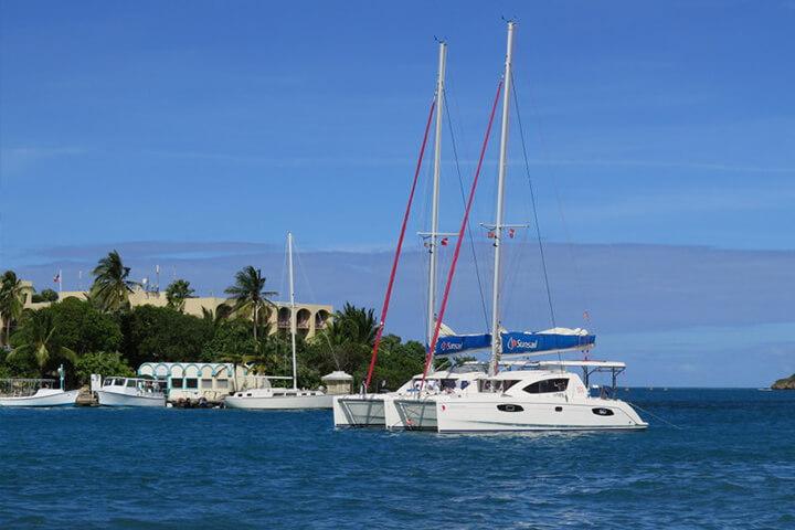 Dejlig ankerplads i lagunen i Christiansted i Caribien